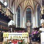 Msza św. w intencji ofiar katastrofy smoleńskiej w Bazylice Archikatedralnej pw. Męczeństwa św. Jana Chrzciciela w Warszawie