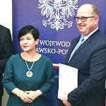 Uroczyste wręczenie promes Ministra MSWiA na przebudowę dróg w gminach powiatu włocławskiego