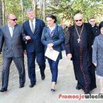 Uroczystość otwarcia zabytkowego kościoła w Parku Etnograficznym w Kłóbce