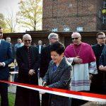 Uroczystość otwarcia boiska wielofunkcyjnego w Zespole Szkół Katolickich im. ks. Jana Długosza we Włocławku