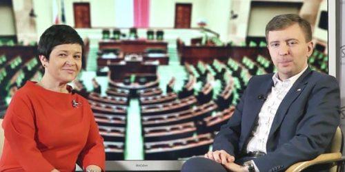 Posłowie Joanna Borowiak i Łukasz Schreiber w Okienku z parlamentu