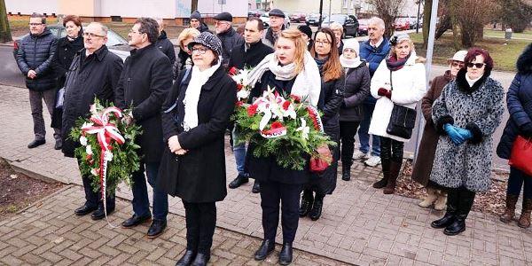 Obchody 76. rocznicy powstania Armii Krajowej zorganizowane przez włocławskie struktury Prawa i Sprawiedliwości