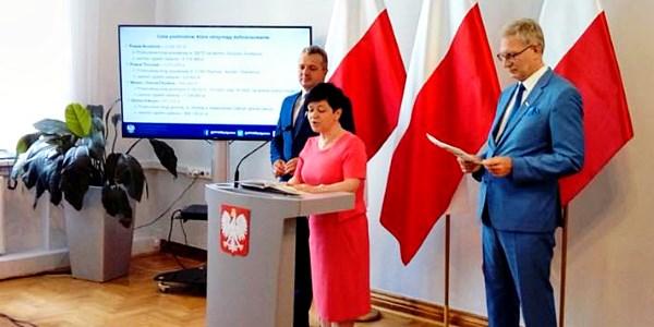 Konferencja prasowa na temat Rządowego Programu na Rzecz Rozwoju oraz Konkurencyjności Regionów poprzez Wsparcie Lokalnej Infrastruktury Drogowej w Bydgoszczy