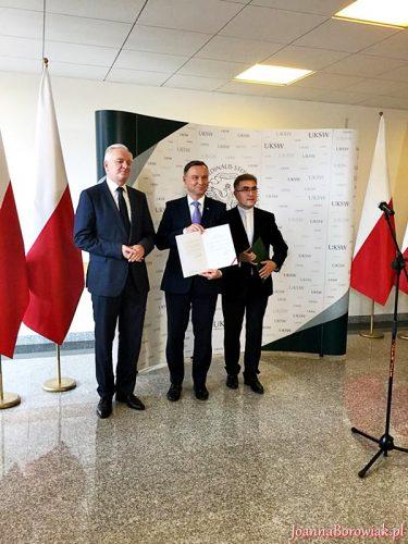 Prezydent Andrzej Duda podpisał nowelizację ustawy umożliwiającą utworzenie kierunku lekarskiego na Wydziale Medycznym Collegium Medicum UKSW