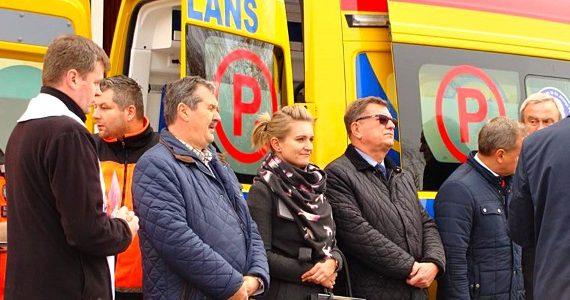 Nowy ambulans ze specjalistycznym sprzętem trafił do Kowala