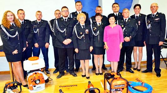 Strażacy z Chocenia otrzymali nowy sprzęt ratunkowy