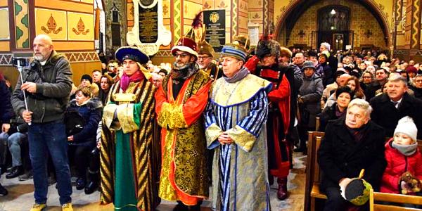 Barwny Orszak Trzech Króli przeszedł ulicami Włocławka