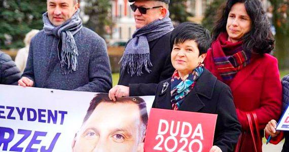 We Włocławku trwa zbiórka podpisów poparcia dla Andrzeja Dudy
