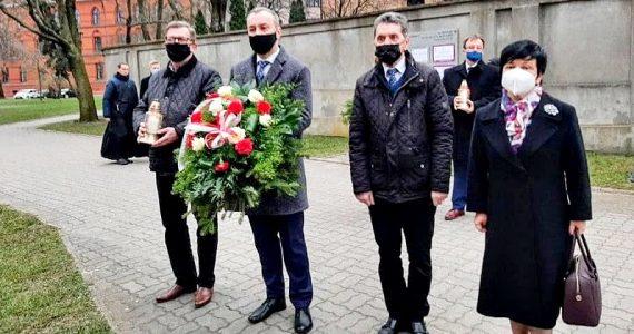 Poseł Joanna Borowiak wzięła udział w uroczystościach upamiętniających Ofiary katastrofy smoleńskiej w Warszawie i we Włocławku