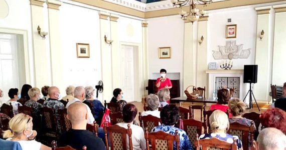 Poseł Joanna Borowiak spotkała się z seniorami w Lipnie