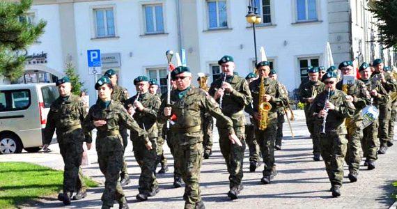 Obchody Święta Wojska Polskiego w Regionie